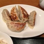 シネマカフェ - 出たまんま焼餃子500円