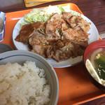 めぐみ食堂 - 料理写真:♪生姜焼き定食¥750