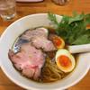 極汁美麺 umami - 料理写真:醤油ら〜めん+煮玉子