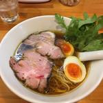 極汁美麺 umami - 醤油ら〜めん+煮玉子