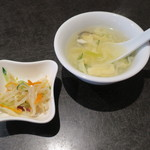 唐苑 - もやしと胡麻の小鉢 玉子スープ
