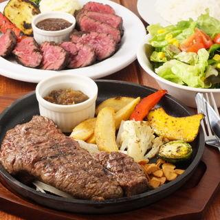気軽にランチ!ステーキから肉バルのカレー、スパゲッティー有り