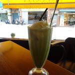 Amanda - ドリンク写真:アイス抹茶フロート(170元)