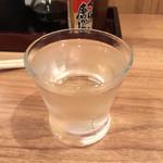 倉蔵商店 - 日本酒は120mlでお手頃に楽しめます