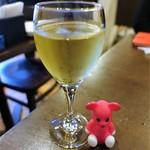 オッキアーリ - グラスワイン ¥500