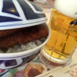 敦賀ヨーロッパ軒 - ミックス丼に生ビール
