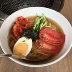 伊藤課長 - 料理写真:冷麺680円