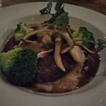Restaurant & Bar Mashu - 鹿肉のロースト
