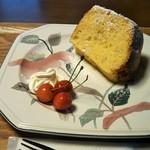 カフェ&ランチ 笑山荘 - 料理写真:シフォンケーキ