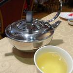 阿霞飯店 - 緑茶(25元×2)