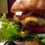 バーガーバーガー - 国産牛100%チーズバーガープレート