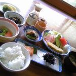 6914702 - 朝食