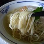 桜木製麺所 - 全粒粉の細麺デス
