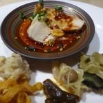 TTOAHISU - ◆前菜盛り合わせ。 *「よだれ鶏」「ピータン・焼き茄子のせ」「おからの何とか」etc.