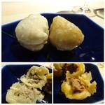TTOAHISU - ◆点心3種。 *左:中華のパイ・・中には豚肉の餡 *右:皮の感じは揚げパイ風かしら、中には豚肉の餡。 どちらも皮の食感、餡の味わい共にいいですね。