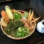 69147310 - 野菜天ぶっかけ(630円)