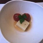 かやく - 料理写真:玉蜀黍豆腐とミニトマトのお浸し