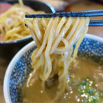 煮干しつけ麺 宮元 - 料理写真:「チャーシュー極濃煮干しつけ麺」(1030円)