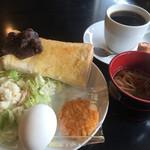 モルゲン - ブレンドコーヒー350円と小倉トーストモーニング