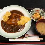 文月 - 料理写真:牛ほほ肉のオムライス定食
