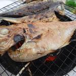 丸達干物センター - 料理写真:2017.06 金目鯛と鯵