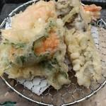 ぼてじゅう - ウニ、穴子、海老の天ぷら