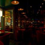 イスタンブールカフェ - 店内風景パノラマ版。