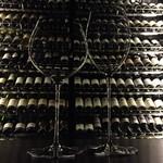 ビストロガストロス - 最良のワインの状態を味わえるグラスも用意。
