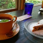 東山ボヌール - 「フルーツガーデン」と「森のケーキ」