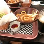 佐世保バーガー - 佐世保バーガー+オニポテ+ヱビス黒生ビール