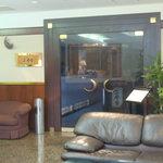 二合目 - その他写真:入口はホテル内にあります