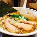 むらさき山 - 旨みたっぷり濃厚スープ!