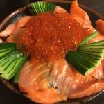 鮨処美好 - サーモン&いくら丼