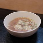 ぎょうざや よっちゃん - スープ餃子☆