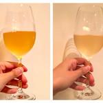 イタリアン アンド ワイン チャコール - 本日の自然派グラスワイン白