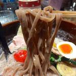 ソラノイロ トンコツ&キノコ - キノコのベジ白湯ソバ(920円)+リゾット(80円)