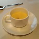 銀座清月堂 - [料理] トウモロコシのポタージュ 全景♪w