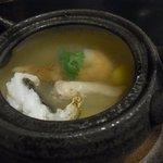 草太郎庵 - 宿の夕食、土瓶蒸し。松茸と鱧入り。