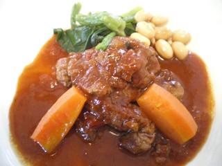 レストラン・バスク - 牛フィレ肉の軽い煮込み