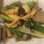 69181234 - 太刀魚と竹の子の炒め物