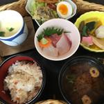 魚房 - 料理写真:松花堂弁当(1080円)(2017.06現在)