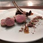 リナシメント - ロゼール産の仔羊の背肉とポルケッタのアッロースト