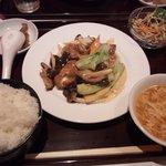 6920869 - 季節野菜炒め(850円)