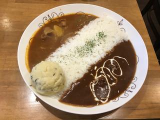Spice Curry カリカリ - ツインカレー