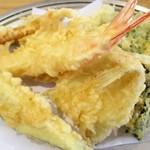 天婦羅いもや - 定食の天ぷら