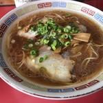 中華そば へんこつ - 料理写真: