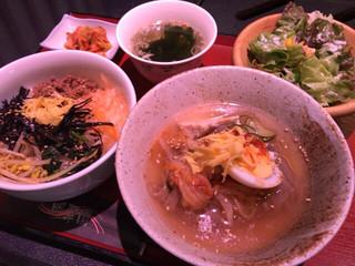 炭火焼肉 明翠園 - ビビンバ・冷麺セット