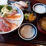 海山亭いっちょう - 海鮮ちらし丼