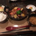 たんぽぽ家 - 料理写真:野菜たっぷり里豚・酢豚御膳 980円