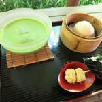 茶寮 風花 - うさぎ饅頭と抹茶セット